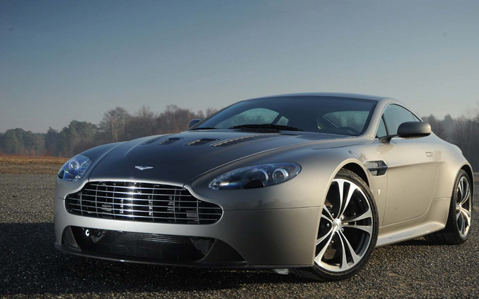 vantage - Automobile Wallpapers in, HD | Iphone | Android| Desktop 20