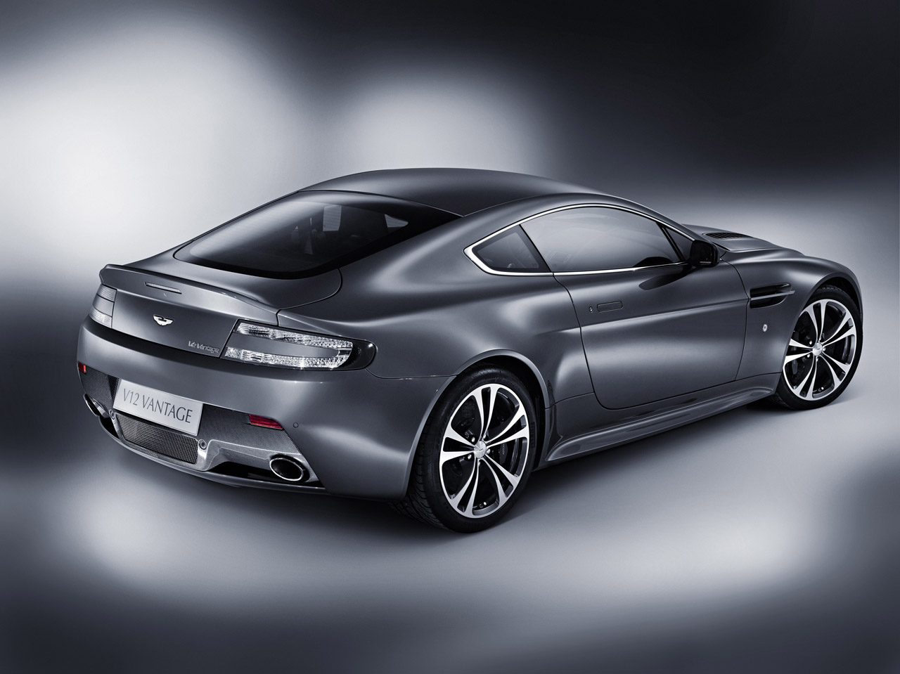 vantage - Automobile Wallpapers in, HD | Iphone | Android| Desktop 4